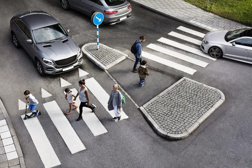 People-crossing_Zebra-with-cars